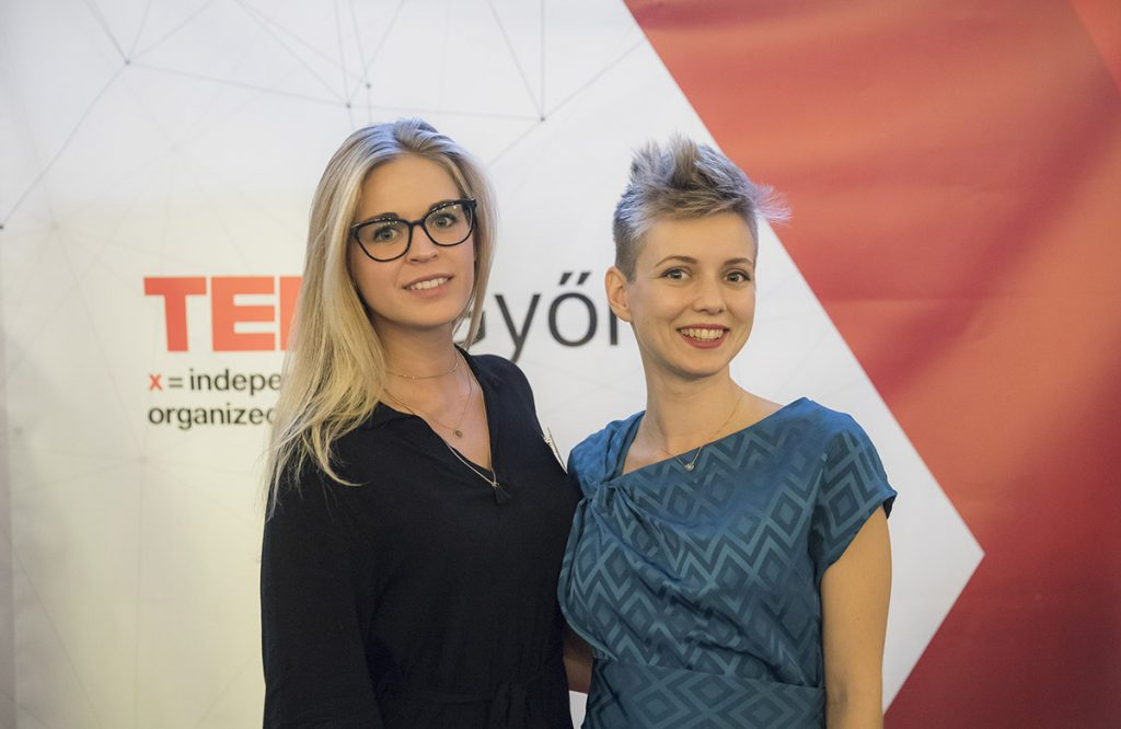TEDxGyőr háttérfal